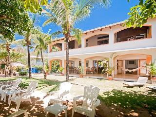 Ultimate Oceanfront Location, Villa Olivia, Playa Grande