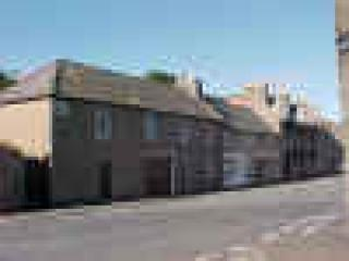Duncorann House is just a few doors along the street from Wick\'s award winning Heritage Museum