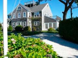 26 Monohansett Road, Nantucket