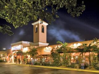 Shopping & Outlets Nearby