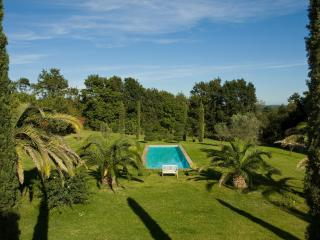 'PORTICO'  ROMANTIC SUITE for 2 - POOL 16m. LUXURY only 25km from ROME