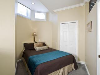 Boston Newbury 2 Bedroom Grand Suite