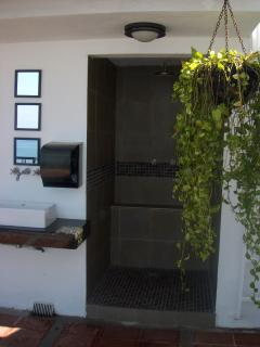 El Fresco Shower on the Roof