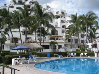 Premium Ocean Side Las Hadas studio condo, Manzanillo
