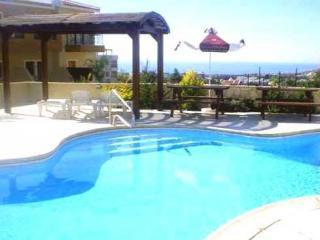 2 Bed, 2 Bath Apartment with Sea & Mountain Views, Peyia