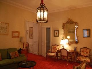 Apartment Royal Orsay Apartment rental in the 7th arrondissement of Paris
