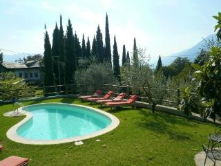 Casa Paseo Lovely rental on lake como, Italy.