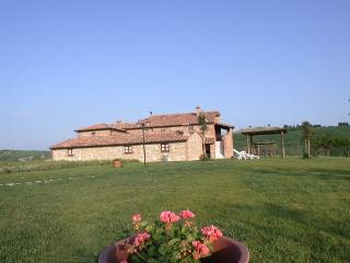 Podere Fiore di Campo - Casa del Maggiorana holiday vacation villa casa rental tuscany italy asciano, Asciano