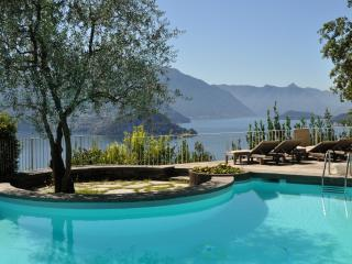 Villa Como Villa rental on Lake Como,Varenna villa rental, lake como villas to