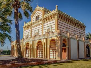 Villa Fantastico Luxury villa rental near Sitges Barcelona Spain, Vilanova i la Geltrú