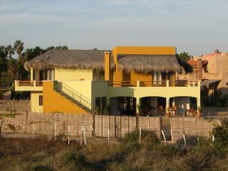 Casa Pacifico-Chalet en Todos Santos