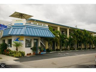 Perfect Location,kitchen,1 block from beach and Pier 60, Clearwater