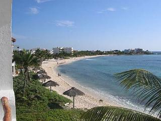 Playa Blanca, Unit #8