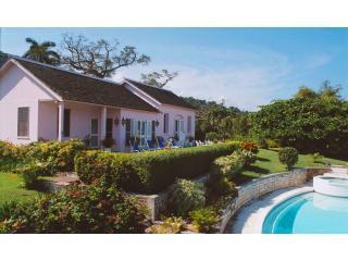 Datura Villa Front