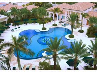 The Regent Grand - Luxury Beachfront 2BR Suite, Providenciales