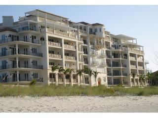 The Regent Grand - Beach Side