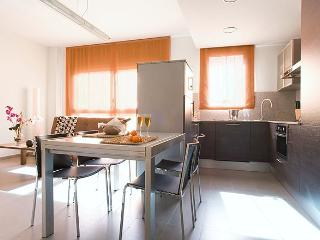 Sants 12 exclusive apts with parking -Fira Place 1