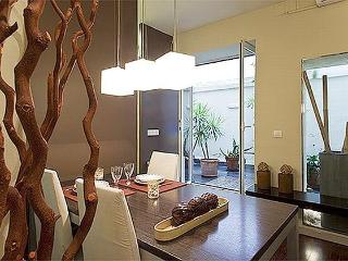 Catedral 1BR Gothic Quarter Apartment, Barcelona