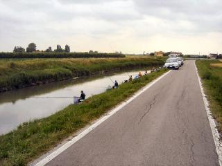 Fishing at Via Bidoggia