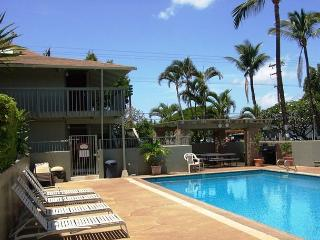 Kihei Bay Surf #123 Studio, A/C, T/V, Wifi, Near Beach, Great Rates! Sleeps 2