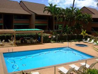Kihei Bay Vista #D-208  Steps from the Beach. Sleeps 4