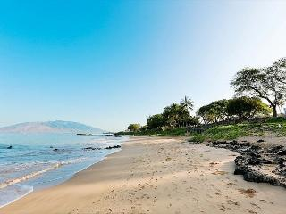 Kamaole Sands #10-312 Direct Oceanview Inner Courtyard 1/2 Sleeps 4, Kihei