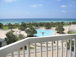 5TH FLOOR BEACHFRONT FOR 6!! 10% OFF MARCH STAYS! CALL NOW!, Destin