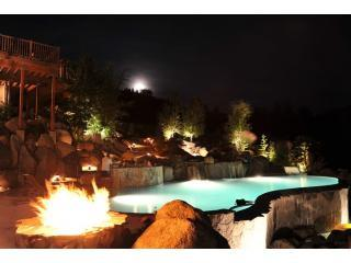 Private Mountain Resort  with Infinity Pool, Leavenworth
