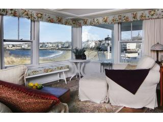 Beach &  King Street Inn / Beach House Rental