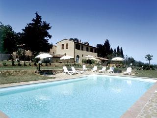 Cozy Tuscan Farmhouse near Tavarnelle Val di Pesa - Casa della Fioraia