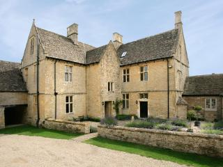 Charming House in the English Countryside Near a Village - Gretel's Cottage, Stow-on-the-Wold