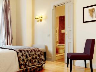 Tasteful Apartment in the Heart of Rome City - Napoli 1, Castel Gandolfo