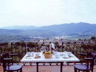 Beautiful Large Villa Close to Florence - Villa Gialla - 14