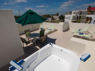 RINCONADA DEL MAR PH - free tan with your rental!, Playa del Carmen