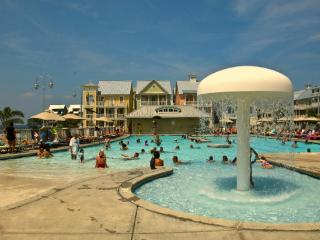 Sunset Island 2 HCW - 3B - Luxury Waterfront Condo!