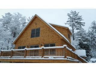 Brand New Chalet with Fireplace and Hot Tub, Bethel