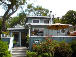 Charming Beach Cottage in Rio Del Mar, Aptos