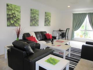 Accommodation Dalby - 3 bedroom townhouse
