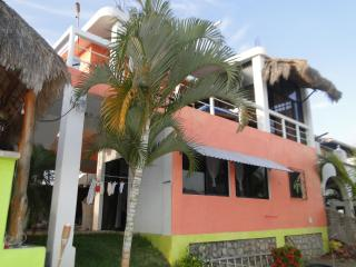 Executive  Waterfront Penthouse Villa, Barra de Navidad
