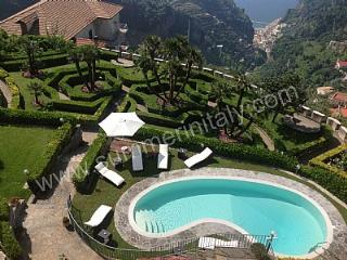 Villa Mabella, Pontone