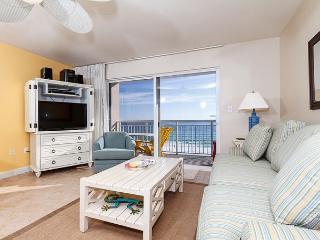 PI 416: Wonderful condo on the beach! Flatscreen TV, WiFi, Free Beach Service, Fort Walton Beach