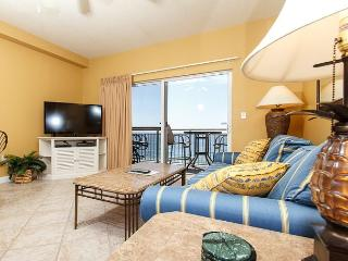 PI 602: Beautiful beachfront top floor condo- WiFi, pool, Free Beach Service, Fort Walton Beach