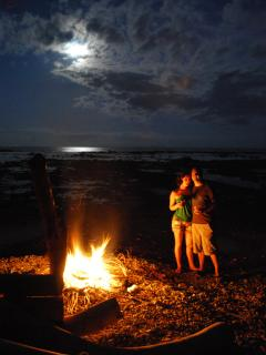 BONDFIRE ON BEACH