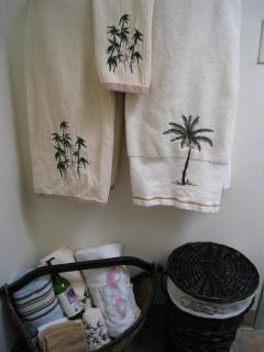 towels, linens and toiletries