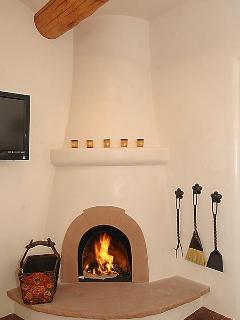 The tradition Kiva fireplace for toasty evenings.