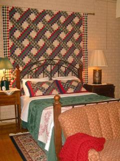 Room #1 - Queen Size Bed
