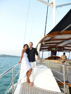 Wedding cruise on Shangani yacht