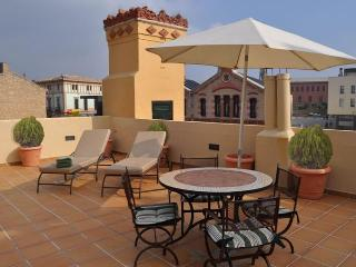 CAN FELIP - Apartment 2 (Beautiful XVIIIC House), Palafrugell