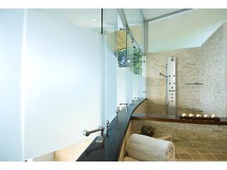 Master Bath - Shower - Jacuzzi