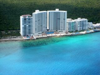 Cozumel Ocean Front condo at  Peninsula Grand, vacation rental in Cozumel